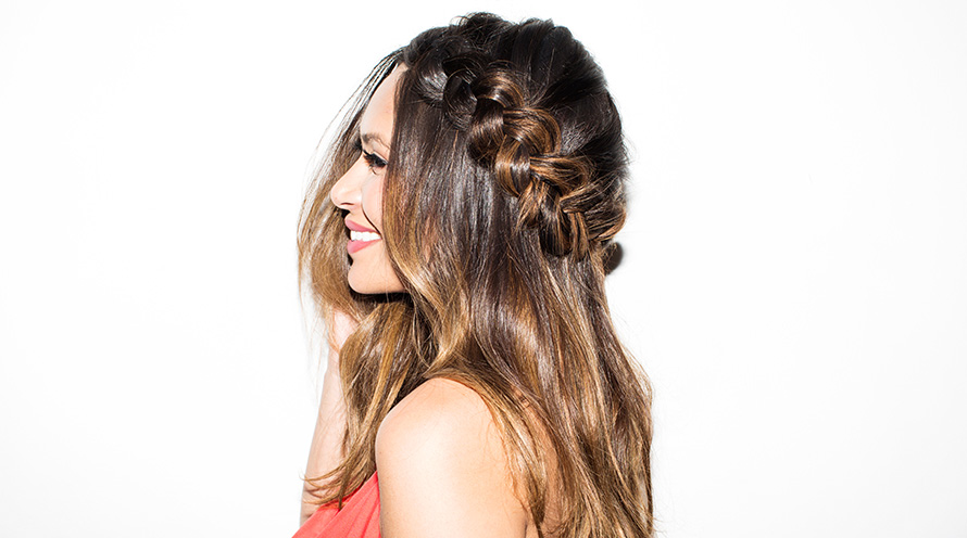 half_up_braid_marianna